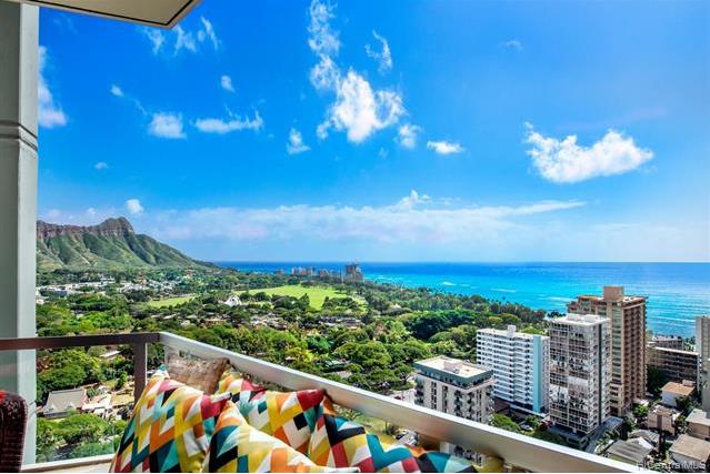 ホノルル 檀香山公寓 About 2600 Pualani, Honolulu, HI 96815 画像1